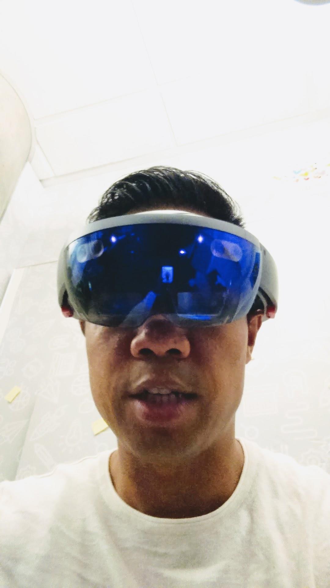 HoloLens_Lloyd